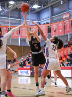 Gallery: Girls Basketball Issaquah @ Lake Stevens